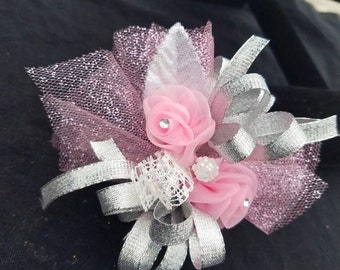 Pretty in Pink matching Boutonniere