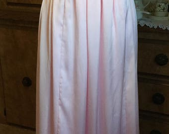 Gracious Sleek Grecian Style Evening Gown Prom Dress Bridesmaid Dress or Even Wedding Gown in Floorlength Flowing Pink Satin Sz 22