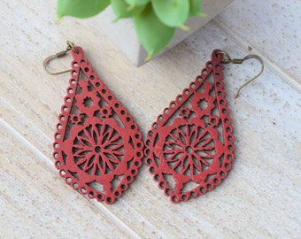 Dark Garnet Red Filigree Teardrop Wood Earrings, Red Wood Earrings, Filigree Wood Earrings, Red Teardrop Earrings, Boho Earrings