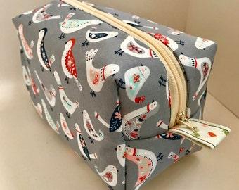 Boxy Cosmetic Zip