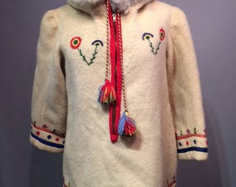 AMAZING Wool Pull Over With Hood