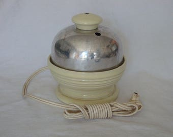 Vintage Hankscraft Cream Color Electric Egg Cooker - Model 874
