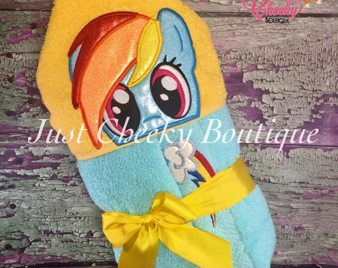 Colorful Horse Inspired Hooded Towel - Rainbow Dash - My Little Pony