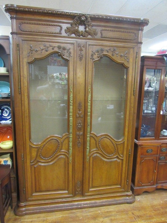 Big Cabinet with glass doors & shelves