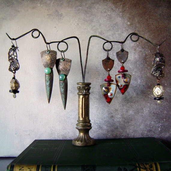 Unique Jewelry Displays Earring holder display...