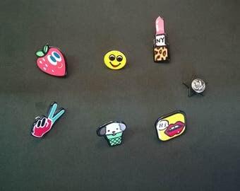 Pinback buttons,  lipstick pin, Emoji pin, happy face pin, pop art  Pin