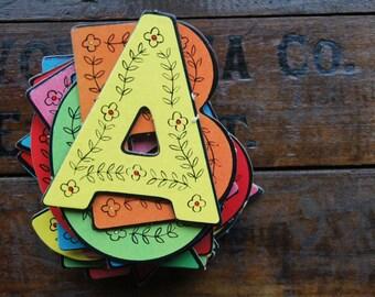 Alphabet/Letter Puzzle Pieces ~ Die Cut ~ Vintage ~ Saalfield 1963 ~ Complete Alphabet