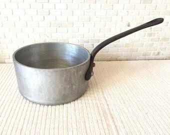 Vintage E. Dehillerin Paris Heavy Cast Aluminum Medium 2 Sauce Pan