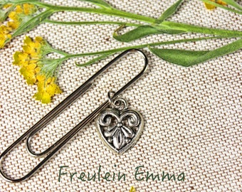 paperclip heart silver vintage style paper clip bookmark Lily