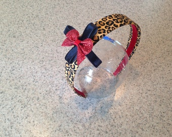 Adorable leopard print headband perfect for the holidays!