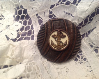 Vintage button brooch, nautical look