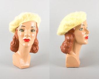 Vintage 1950s Beret | 50s Angora Pastel Yellow Knit Winter Hat (small/medium)