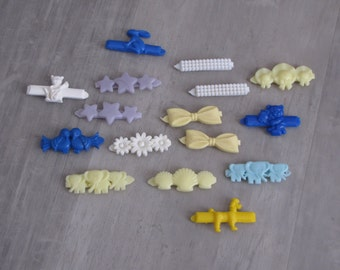Vintage 1970's Plastic Kids Hair Barrettes - hair jewelry - lot of 16