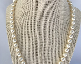 Annabelle -Pearl Necklace, Bridal Jewelry, Pearl Jewelry, Hand knotted Pearl necklace, Swarovski Pearls, Pearl Bridal Jewelry, Pearls