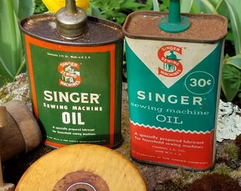 Pair of Singer Oil Cans, Vintage Sewing, Rustic Home Decor, Sewing Room Decor, Oil Can Collection