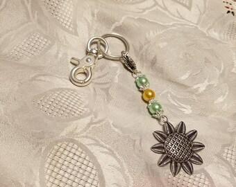 Sunflower zipper pull keychain