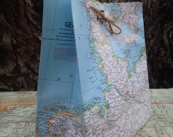 35 large map favor bags