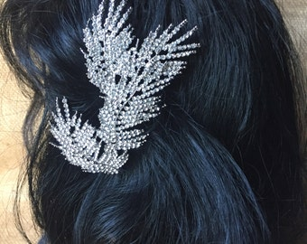Feathered Leaves Rhinestone Clip
