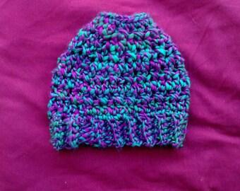 Small/medium Messy Bun Hat