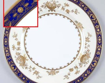 Minton Dynasty Cobalt Blue Luncheon Plate Bone China Made in England (D)