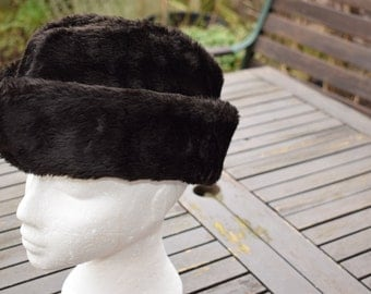 Gentlemans Hat Winter Hat Faux Fur Brown Quilted Lining Made in Great Britain LARGE Dunn & Co
