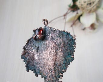 Electroformed birch leaf brooch copper-plated, natural birch leaf covered with copper, Garnet brooch eco friendly,  eco friendly, lemerald