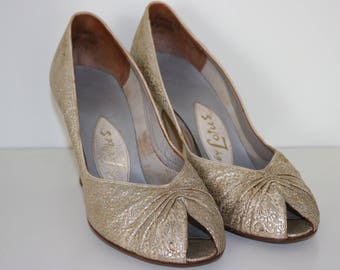 Vintage original 1950s 50s Lotus Caribbean Courts pumps shoes gold brocade UK 3.5 4 US 6 EU 36.5 37