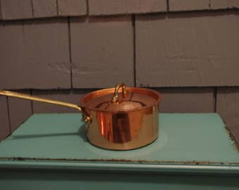 Small copper sauce pan with lid