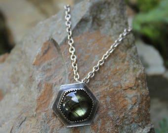 Vivid Green Blue Grey Hexagonal Labradorite & Sterling Silver Pendant Necklace Antique Chain