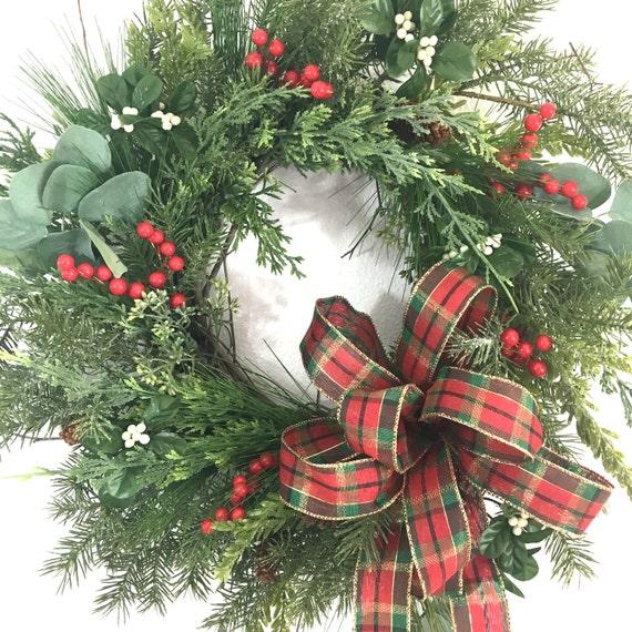 winter wreaths artificial christmas wreath christmas wreaths. Black Bedroom Furniture Sets. Home Design Ideas