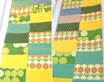 Green yellow baby blanket