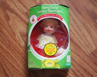 Vintage Strawberry Shortcake Berry Baby Lemon Meringue Drink and Wet