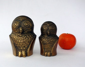 Vintage Brass Owls, Pair of Owl Figurines, Owl Paperweight, Large and Small Brass Owls, Animal Ornaments, Owl Sculptures,  Mom & Baby Owl