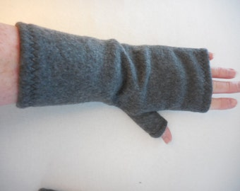 Fleece Gauntlet style Fingerless Gloves, Charcoal Gray, partially covered thumb, 9.5 inch long, ONE PAIR, driving, cellphone, zig zag hems