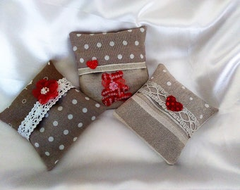 Lavender SACHET: 3 mini removable cushions filled with Lavender - bear Chic