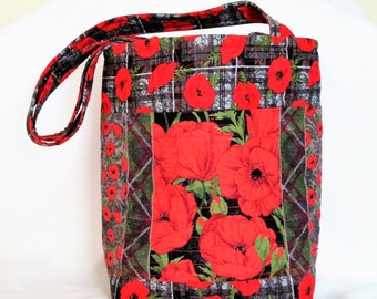 Quilted Knitting Bag, Red Poppy Tote Bag, Stand Alone Tote Bag, Carry All Bag, Quilted Purse, Quilted Hand Bag, Sewnsewsister
