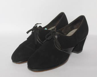 1940's Black Suede and Leather Laceup Shoes - UK 4.5 or 5