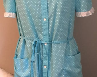 Vintage housecoat with pockets, blue with polk a dots