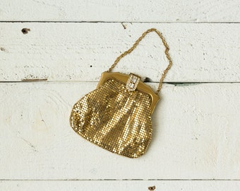 Powder Room clutch | Vintage 1930s whiting and davis mesh clutch | gold mesh purse