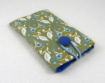 Handmade cellphone case, smartphone cover, i phone sleeve, protection i phone, padded phone case, green and blue phone cover