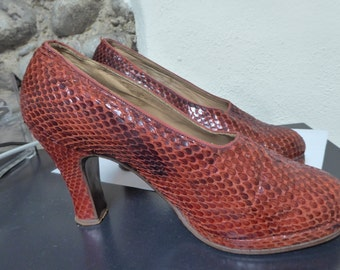 RED vintage snakeskin shoes, ca 1930's, no wear visible, very small, ca European 35