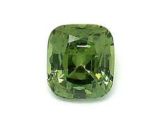 Loose 1.10 ct Cushion Cut Demantoid Garnet  - Clarity: almost eye clean! Beautiful Green Color