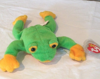 """Beanie Babies Smoochy Oct 1997 NEW TY Toy Frog Green 3 and up, 8"""""""