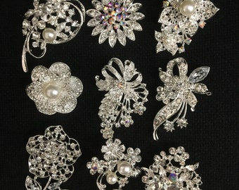 9x clear crystal rhinestone brooch use for wedding bouquet . Bridal sash , flower embellishment , wedding favor, wholesale brooch