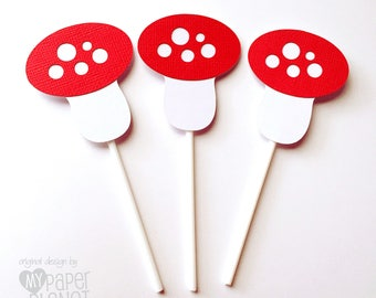 Mushroom Cupcake Toppers in Red & White. Woodland Baby shower, first birthday, party favors, treats. Toadstool Cupcake pick.