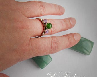Ring with Chrysoprase and Amethyst Gemstone jewelry OOAK jewelry Wire ring Romantic gift Gift for her Wire jewelry Green stone Spring