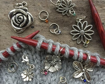 Knitting in bloom - set of 10 stitch markers