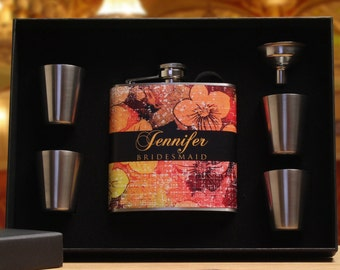 Wedding Vintage, Bridesmaid Gifts, Set of 2, Personalized Flasks for Women