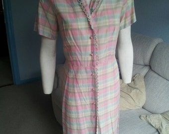 SALE Beautiful VOLUP pink checked cotton 1950s dress