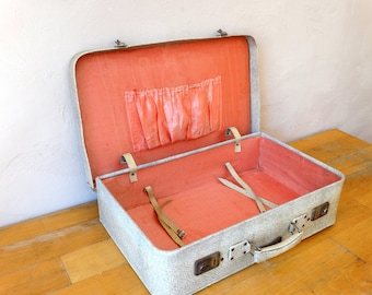 Old Leather Suitcase, Train Case, Leather Valise, Antique Luggage, Suitcase Table, Travel Trunk, Luggage Bag, Cardboard Suitcase,